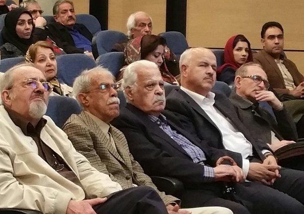 نکوداشت امین فقیری، نویسنده شیرازی، نمودار درد و رنج روستاییان
