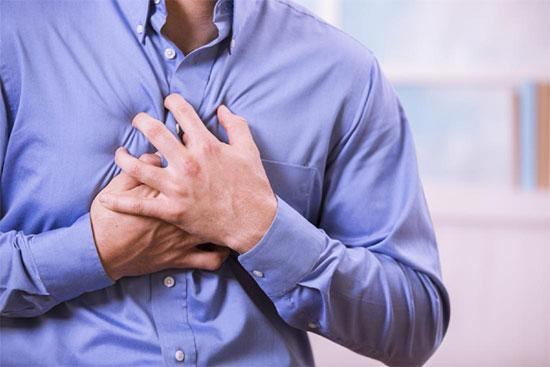علل درد قفسه سینه سمت راست