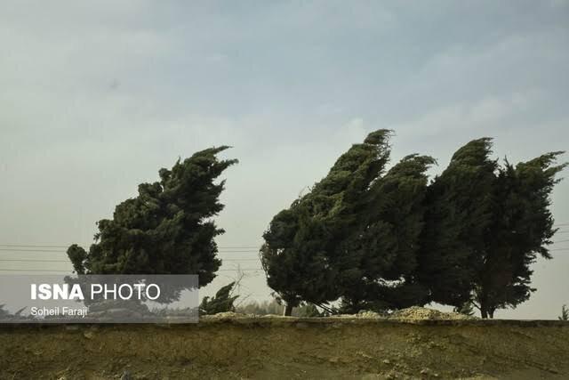 سرعت وزش باد در همدان به 60 کیلومتر بر ساعت رسید