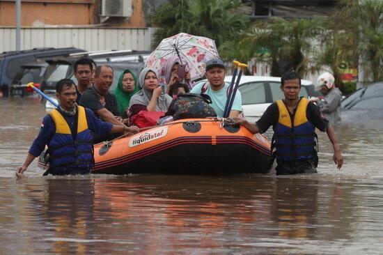 21 کشته بر اثر وقوع سیل در اندونزی