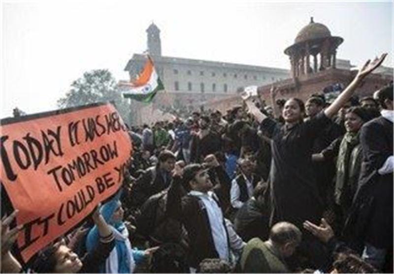 تظاهرات مردم هند در اعتراض به تجاوز به دختر 5 ساله