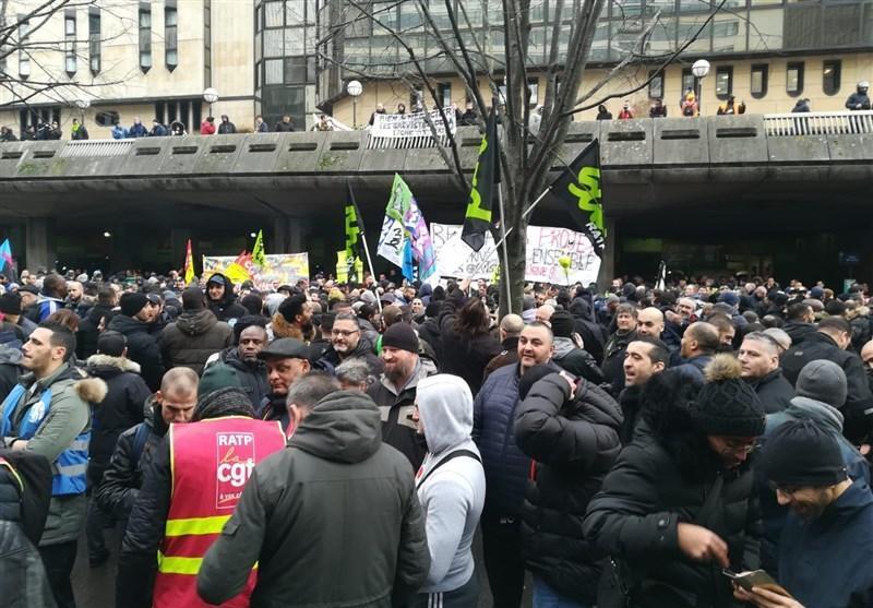 درخواست اتحادیه کارگری فرانسه برای ادامه اعتصابات