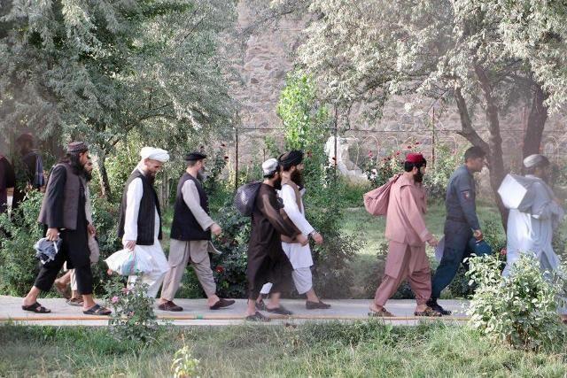 خبرنگاران فرانسه از افغانستان خواست زندانیان طالبان را آزاد نکند