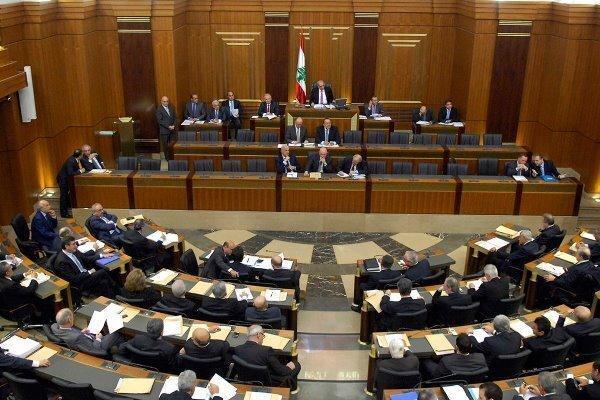 رایزنی ها برای تشکیل دولت جدید لبنان به تعویق افتاد