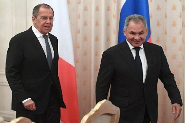 وزیر دفاع روسیه وارد ارمنستان شد، لاوروف در راه ایروان
