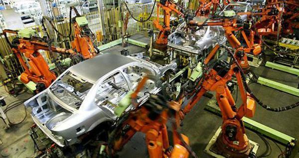 افزایش قیمت خودرو نسبت به قیمت آهن منطقی نیست