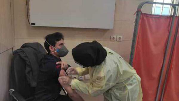 خبرنگاران شروع واکسیناسیون بیماران خاص استان فارس علیه بیماری کووید 19