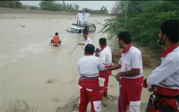 امدادرسانی به 2435 نفر در سیلاب 16 استان