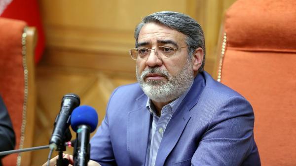 وزیر کشور: مراسم عزاداری در اماکن سربسته ممنوع است